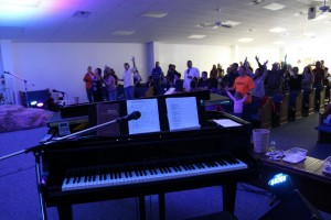 treasure church pictures disc2 081_tn