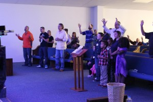 treasure church pictures disc2 089_tn